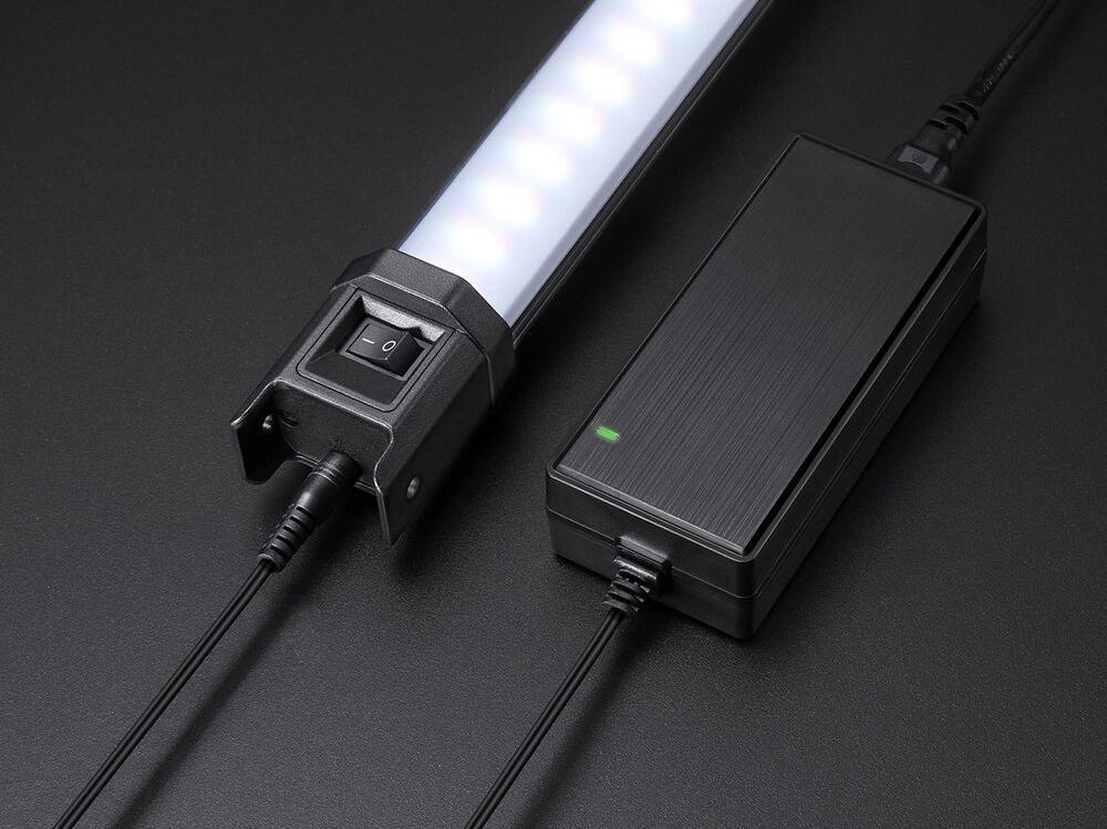GODOX TL60 RGBW LED TUBE MET 36000 KLEUREN